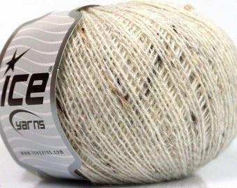 50g Sale Winter Cream Tweed Ice Yarns