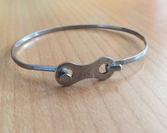 Bicycle spoke and chain link bracelet