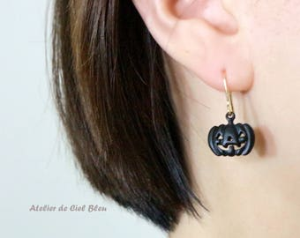 Pumpkin Earrings, Cute Pumpkin Earrings, Halloween Earrings, Jack O'Lantern Earrings, Pumpkin Jewelry, Halloween Jewelry, Fun Earrings