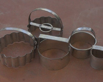 Vintage Cookie Cutters With Handles/Farmhouse Kitchen/Craft/Retro
