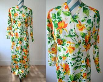 Vintage 1970s Daffodil Floral Printed Maxi Long Sleeve Dress in Cheery Spring Citrus Colors - Lemon Orange V Neck Bohemian - MEDIUM