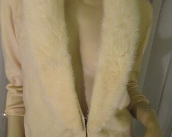 No Label 1950's Butter Cream Colored Lt. Cashmere Sweater With Cream Mink Collar