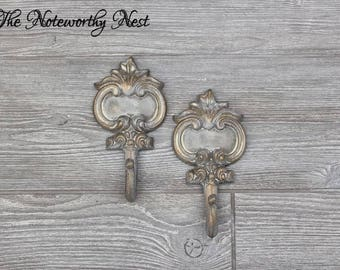 ANY COLOR HOOK / Whitewash hook with gold / iron wall hook / cast iron hook / Scroll hook / Coat Hook / purse hook / robe hook / gray hook