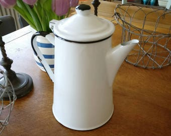 Vintage enamel coffee pot (ref 1057)