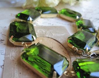 "Olive green Statement Necklace, tourmaline Necklace, Anna Wintour, olive green necklace, collet.  ""Olivia's Dream"""