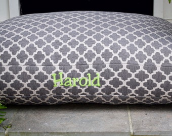 Personalized Grey Dog Bed || Large Pet Bed Trellis Chenille Fabric || Add Pets Name Personalize Custom Pillow Cover Dog Gift Three Spoiled D