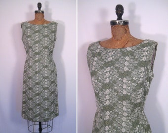 1950s 1960s embroidered wiggle dress • 50s 60s Leslie Fay sage green sheath dress • vintage mid-century cocktail dress