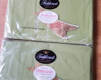 2- Full size Flat sheets Feildcrest made in the USA Green 81x104 Percale never opened