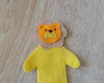 finger puppet felt lion model