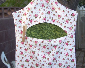Grams Vintage Style Clothespin Bag Tea Roses on White  ET