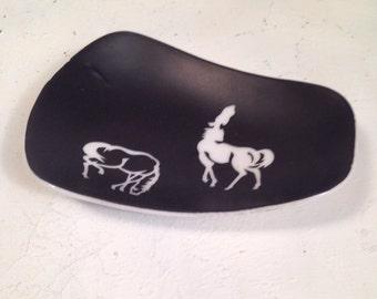 Retro Black and White Ashtray of Grazing Horses