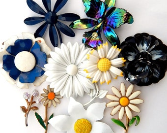 Jewelry Lot Vintage Enamel Flower Pins Brooches, Groovy Flower Jewelry Black White Blue Iridescent, Enamel Flower Bridal Bouquet