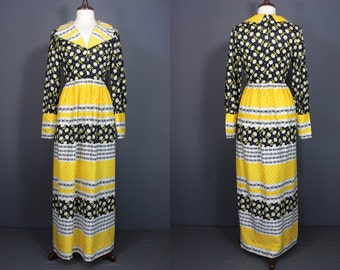 60's Maxi Dress.......60's Graphic Print Maxi Dress