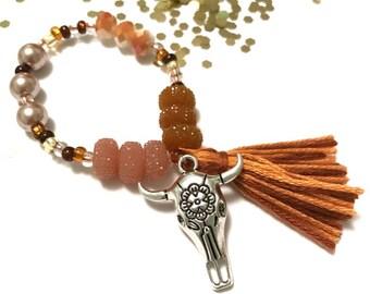 Southwest Skull Charm Bracelet - spring outfit, skull charm, cowgirl jewelry,  beaded bracelet, cow skull bracelet, toddler jewelry