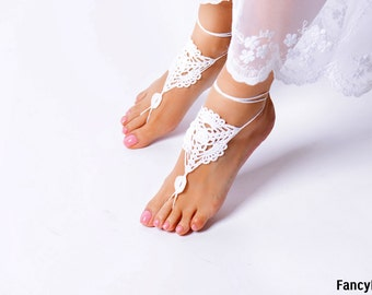 Crochet White Barefoot Sandals, Foot jewelry, Bridesmaid accessory, Barefoot sandles, Anklet, Wedding shoes, Beach Wedding, Summer shoes