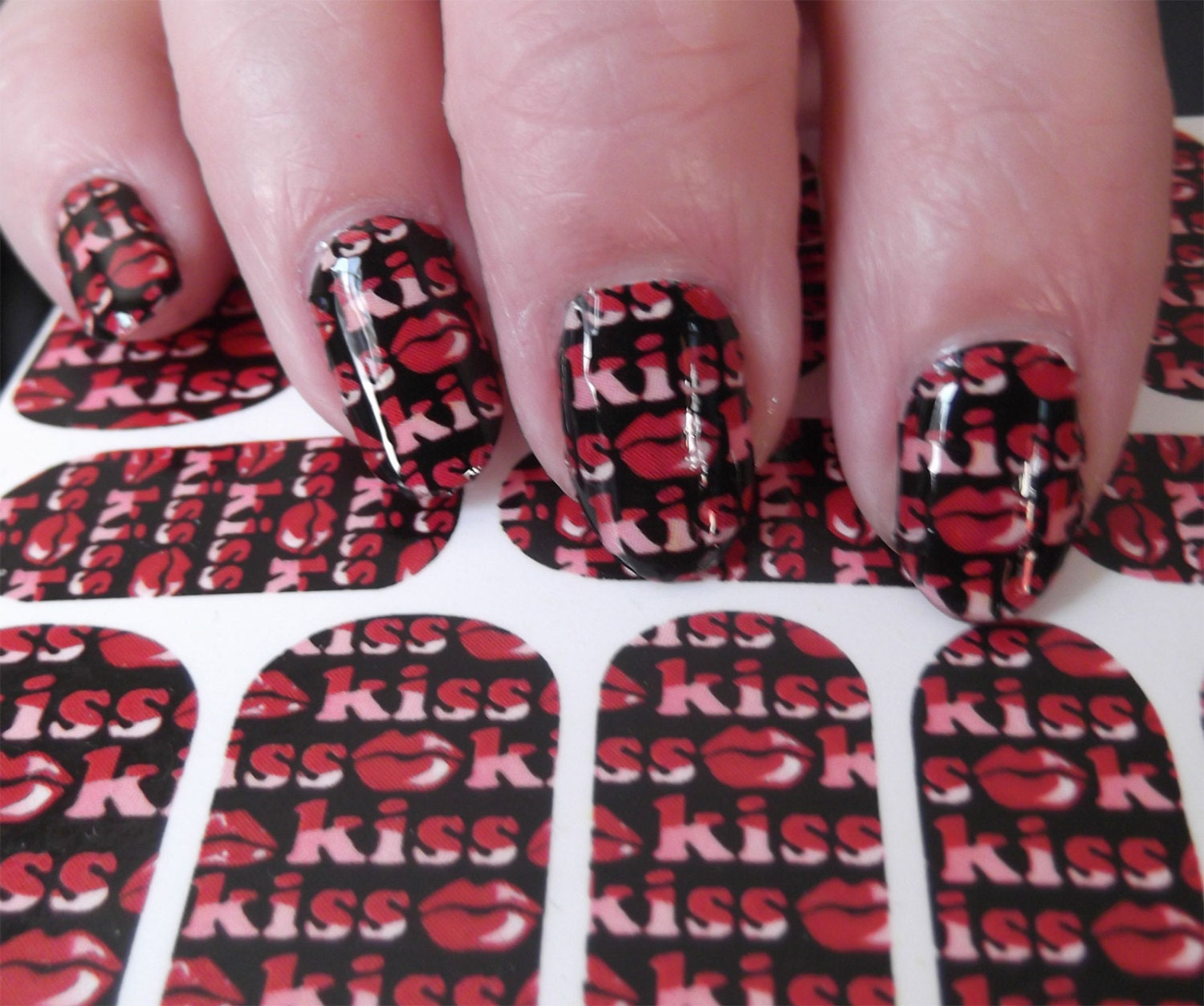 ON SALE 18 KISS Me Lips Nail Art Packs (Kwf) Full Nail Wrap Red Lips ...