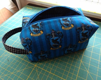 Ravenclaw makeup bag with handle Harry Potter