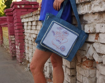 Denim handbag.Student jeans bag.Tote bag with zipper.Casual women handbag.Medium size bag blue.Denim shoulder bag.Summer beach bag.Travel