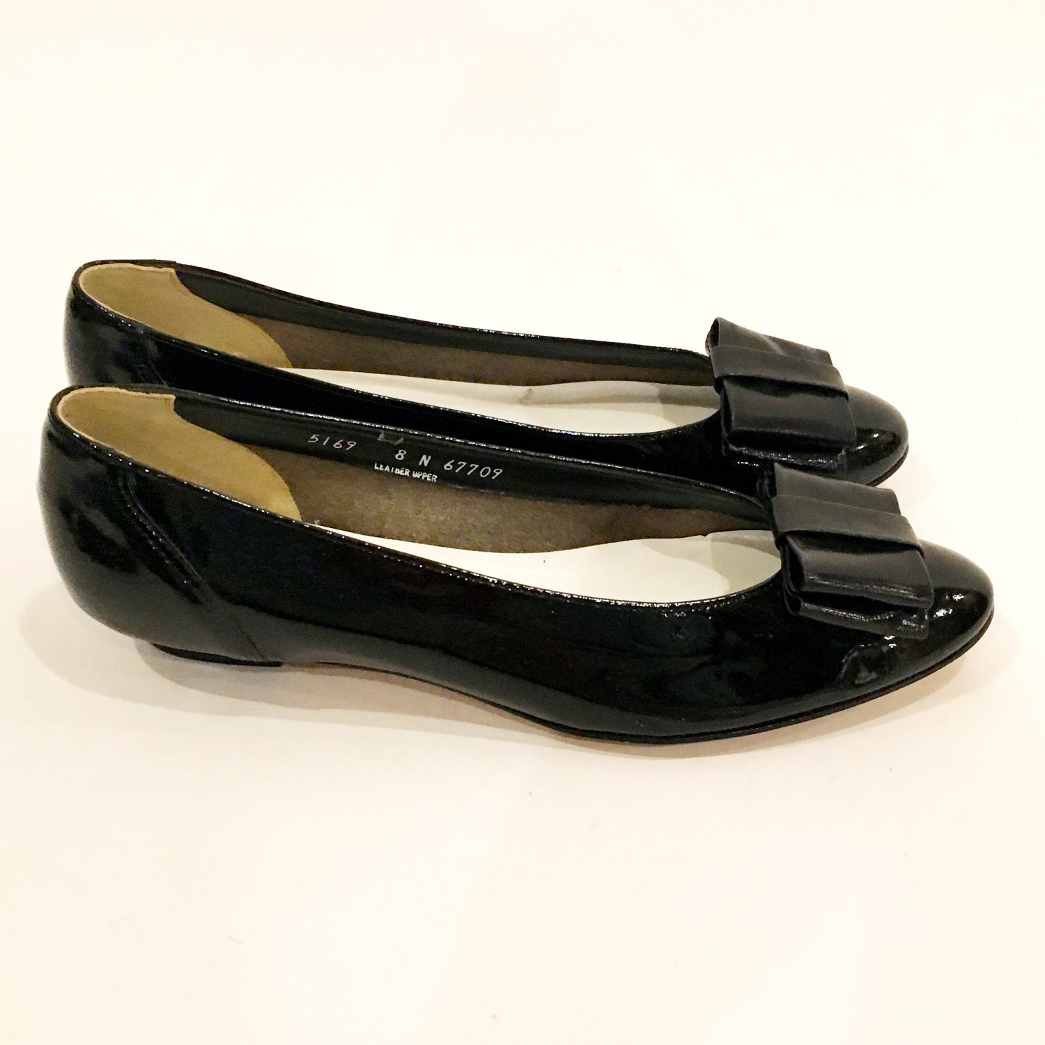 Vintage 70s Black Patent Leather Baby Doll Flats Shoes Brand