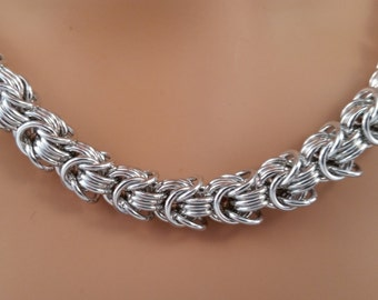 Mega Rosetta Chainmaille Necklace, Chainmail necklace, Chain mail necklace, chain maille necklace