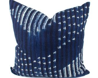 Vintage African Indigo Pillow Cover, Blue & White African Mud Cloth, Authentic Mudcloth Pillow Cover | 20x20 | 'Kena'