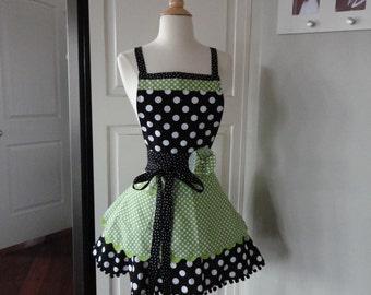 Spring Green ~  Annabelle Style ~  Women's Full Kitchen Retro Modern Apron