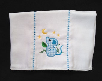 Burp cloth with blue and white applique mouse with moon and stars. It can be personalized for an extra charge.
