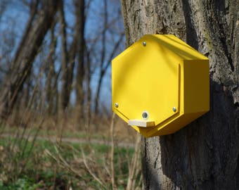 BUMBLEBEE HOUSE, bee home, Insect shelter, bumblebee hotel - Dijon