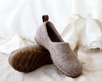 Cappuccino minimalist shoes, felted boiled wool clogs
