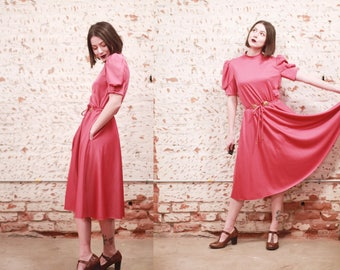 Vintage 1960s small bubblegum pink Lilli Diamond dress / magenta / concho belt / puff shoulders
