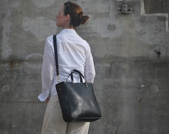 Black Leather Tote Bag, Tote with Zipper, Italian Leather, 13inch Laptop Bag, Leather Work Bag, Cross body Tote, Leather Laptop Bag