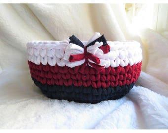 Crochet T shirt yarn basket