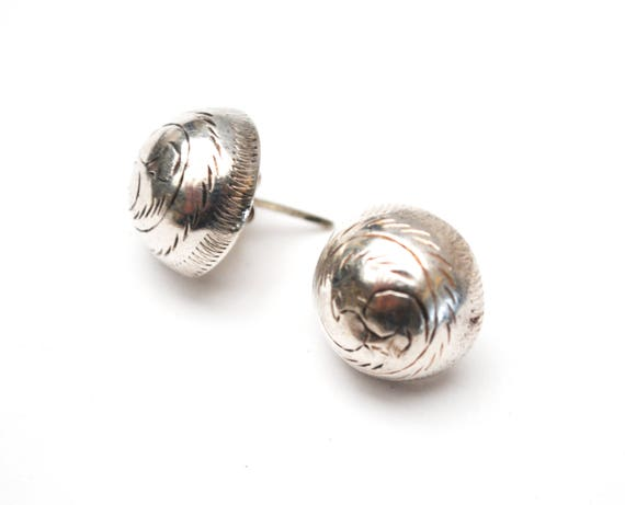Sterling Etched round Earrings - 925 - hallow silver Button - domed Stud Earrings