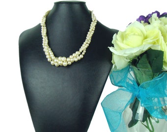 Pearl - Twisted 3 Strand Necklace - Off White - Vintage
