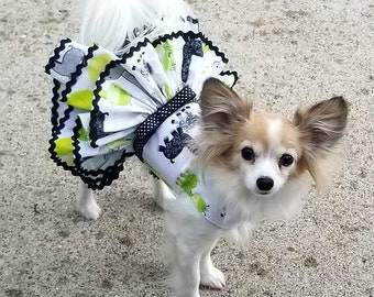 Dog Dress, Dog Harness Dress, Dog Fashion for Small Dog, Summer Dress for Dogs, Ruffle Dress, Handmade, Custom Dog Dress, Green, Giraffe