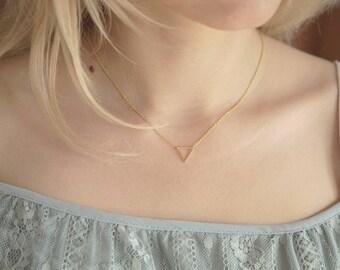 Triangle Necklace, Geometric Necklace, Triangle Geometric Pendant, Dainty Layering Necklace, Minimalist Gold Necklace, Minimalist Jewelry