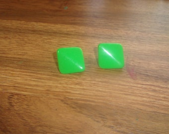 vintage clip on earrings green lucite