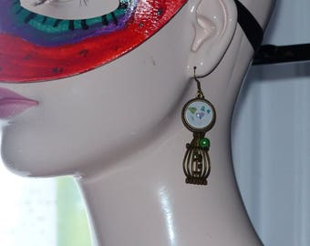 Earring beads and cabochon
