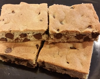 Chocolate Chip Cookie Bars - 1 Tray