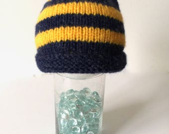 Michigan color baby hat, Michigan baby hat, gold and blue baby beanie, Wolverine baby, newborn gift, baby wolverine hat, maize and blue baby