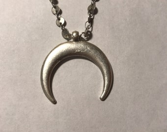 Coin Chain Crescent Pendant Choker