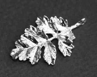 6 pcs of Silver plated leaf drop  31x19mm
