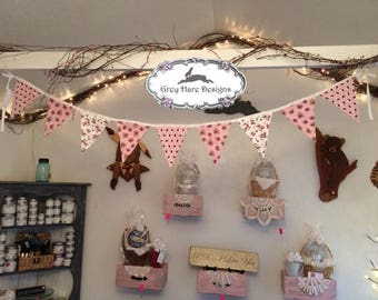 Pink, White and Burgundy Springtime Pennant Bunting