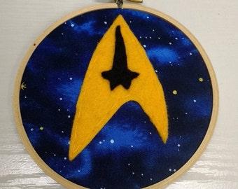 "4"" Star Trek Insignia Embroidery Hoop Ornament"