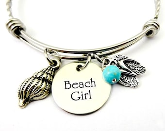 Beach Girl Bracelet - Beach Jewelry - I'm A Toes In the Sand Kind of Girl beach jewelry - Engraved - Flip Flops Bracelet