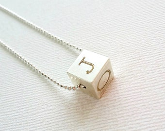 Initial Cube Necklace / personalized cube pendant / silver letter charm / Custom initial Necklace / Mother's day Gift / Geometric Jewelry