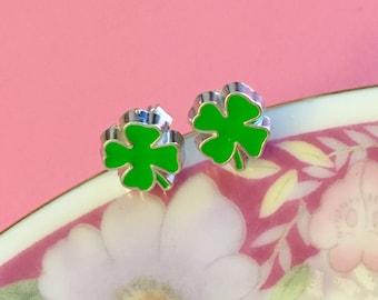 St Patrick's Day Earrings, Green Shamrock Earrings, Green Clover Earrings, Irish Green Leaf Earrings, Enameled Metal Earrings (SE17)