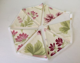 Cream flower bunting  - floral bunting - summer bunting - lacey bunting -