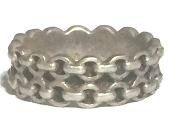Vintage Chain Ring Size 8 Minus Southwest Women Ring Size 8 Bikers Ring Size 8 Sterling Silver Ring BoHo Ring Size 8 Chain Link Bicycle Ring