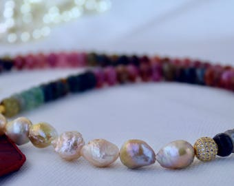 Agate Keshi Pearl Beaded Necklace.